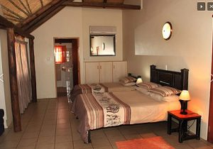 Kalahari Monate Lodge Self-catering & Camping