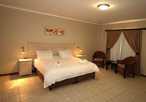 Open_plan_non-self_catering_room