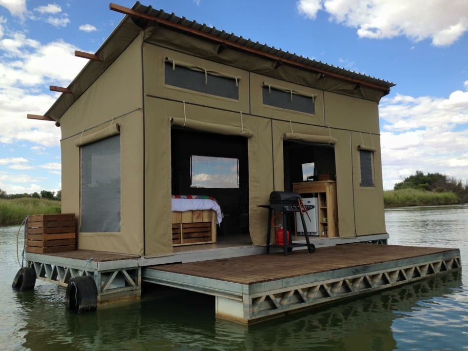 The houseboat Upington | River Boat | River Accommodation | Northern Cape